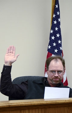 Todd Mau was sworn in under oath to be the new Mayor of Sutton during the Sutton City Council's Dec. 9 meeting.