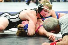 Hinrichs earns 150th win