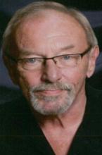 Larry D Weiss