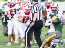 Cougars cruise past Schuyler 37-20 Friday