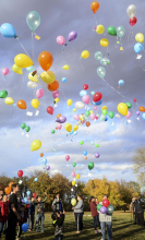 Balloon release remembers lost loved ones